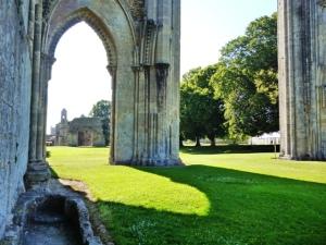 abbey grounds_web
